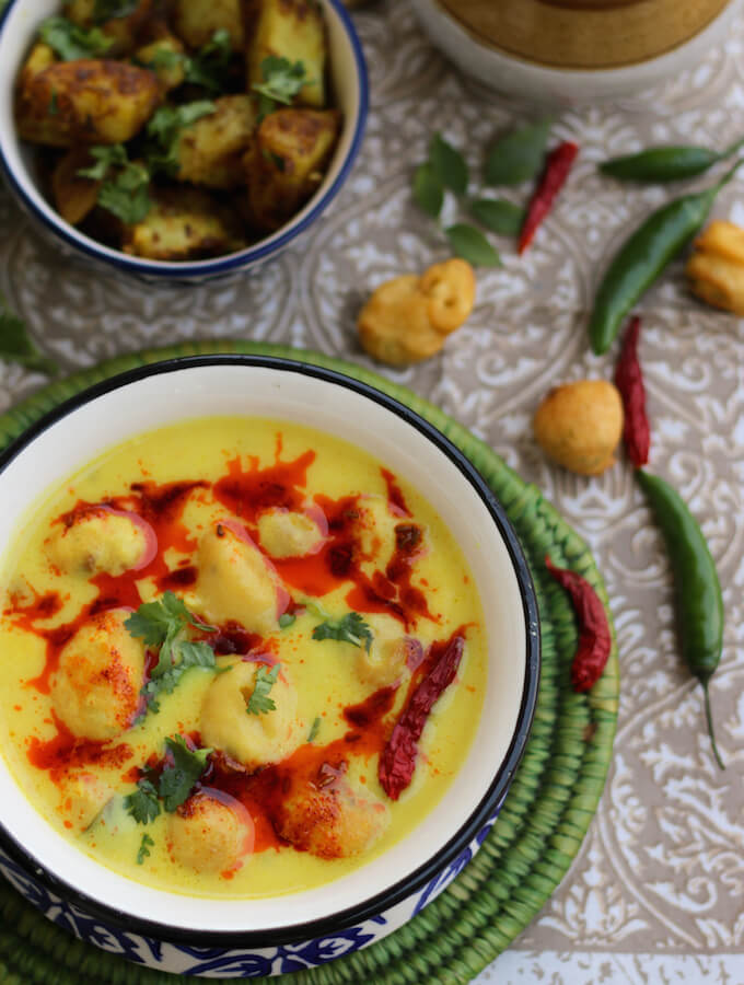 kadhi chawal, kadhi recipe, kadhi pakora recipe