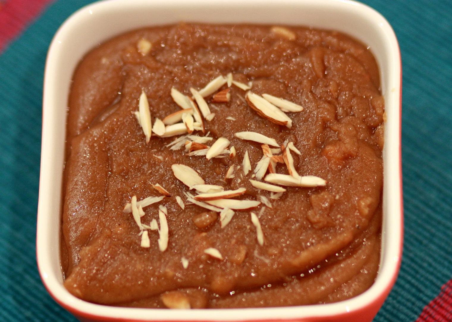 Aate ka Halwa (Wheat flour Pudding)