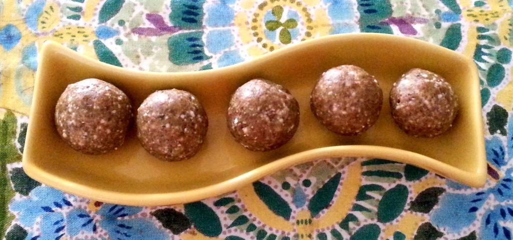 dry fruit laddoos, dry fruit sweet balls,