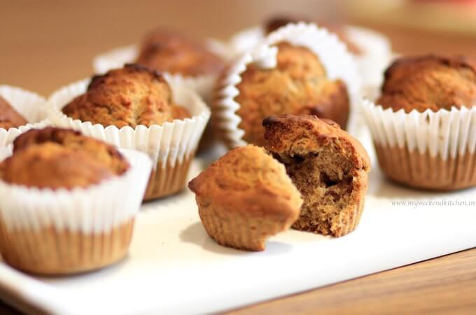 sugar-free and eggless banana muffins