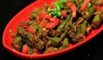 Masaaledar bharwan bhindi, stuffed okra, lady fingers
