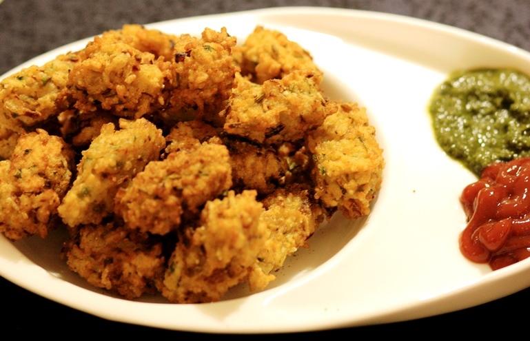 Chawal ke pakode (Rice crispies)
