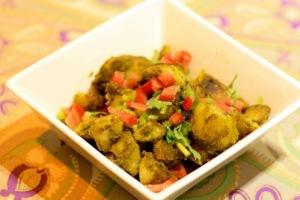 chatpate aaloo, masala potatoes with green chutney, chutney potatoes,