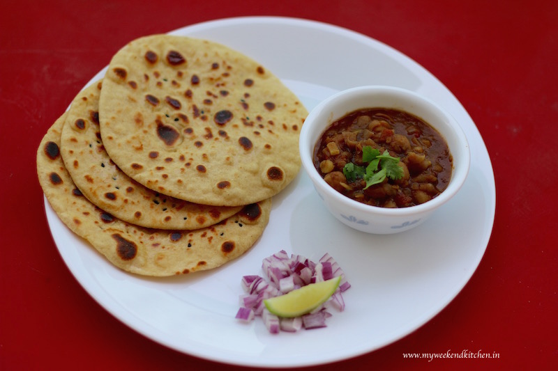 chole kulche, Indian street food, Indian bread, kulche recipe, whole wheat kulcha bread recipe