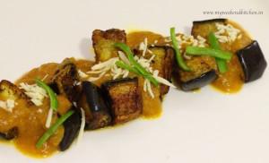 kashmiri baingan, eggplant in a tangy yoghurt and tomato gravy
