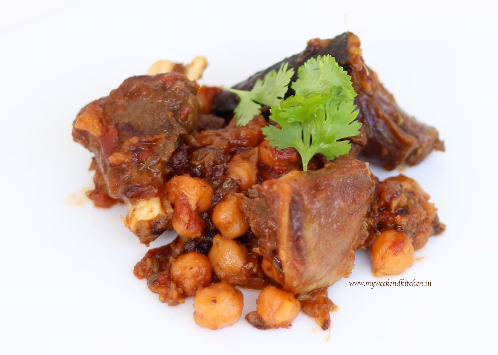 slow-cooked moroccan lamb with chickpeas and apricots, morrocan lamb ...