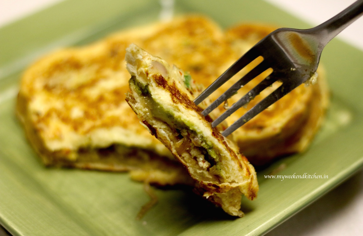 savoury French toast with a spicy paneer stuffing