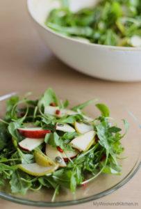 Simple arugula salad with pear and apple, simple lemony salad dressing