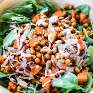 Spinach salad with roasted chickpeas