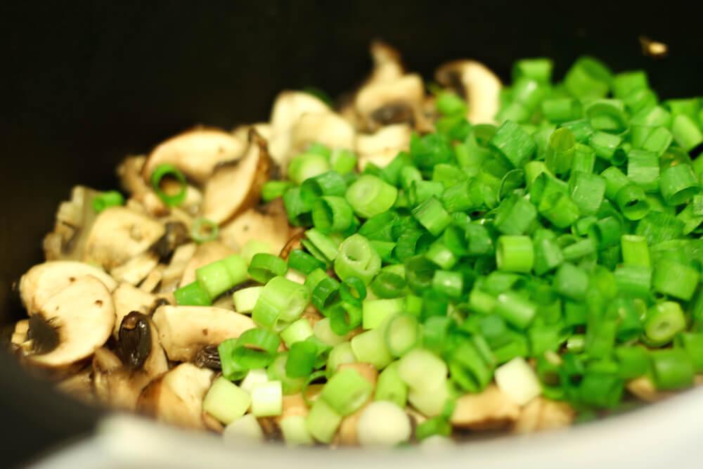 mushroom soup recipe, mushroom and scallions