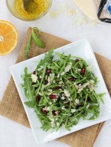 rocket leaf salad with parmesan cheese and lemon dressing