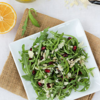 rocket leaf salad with parmesan cheese and lemon dressing