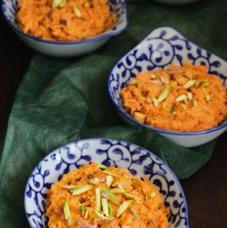 gajar ka halwa recipe without khoya, Indian carrot pudding