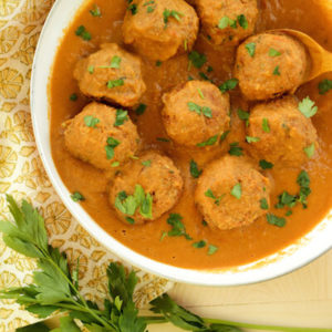 paneer kofta curry recipe, malai kofta in masala gravy