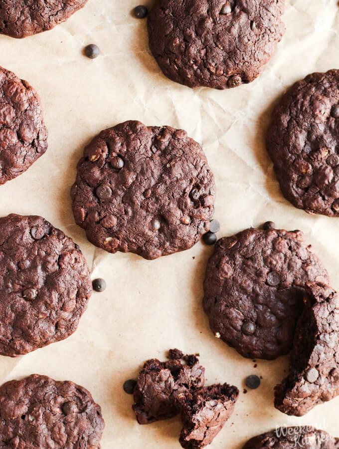 dark chocolate chips oatmeal cookies
