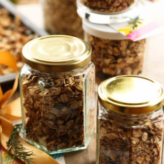 Homemade granola recipe, homemade food gifts