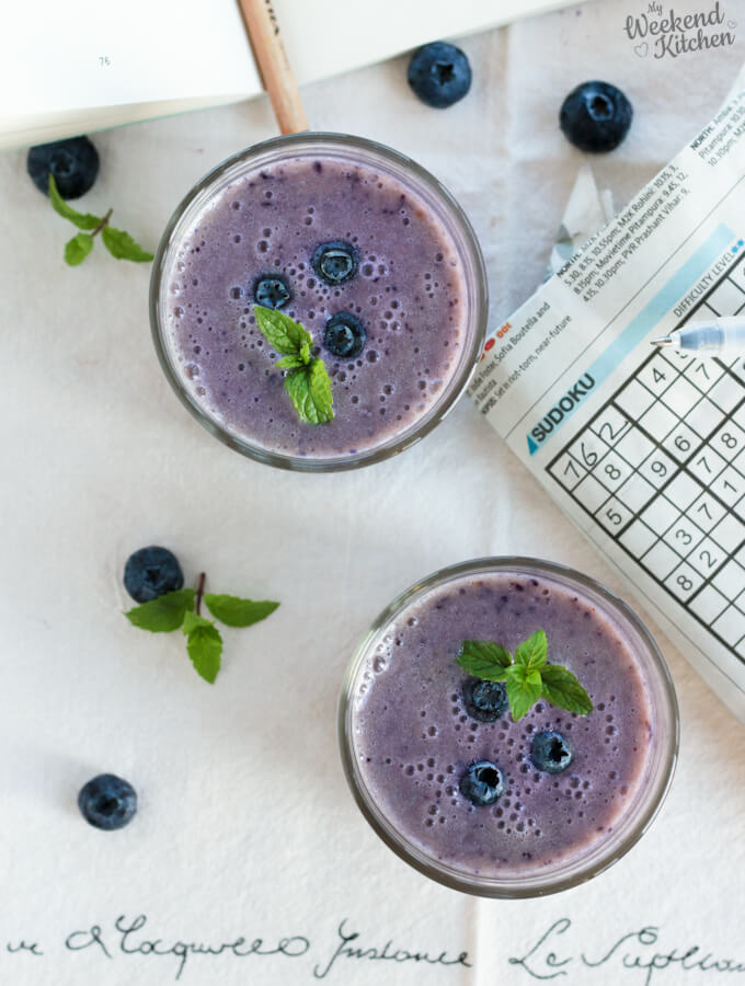 vegan blueberry banana smoothie with almond milk and no yogurt