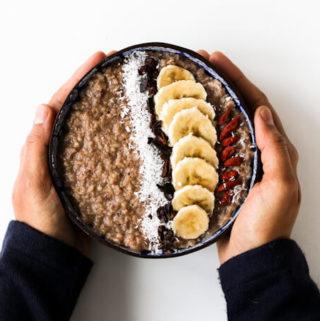 easy oats breakfast, chocolate banana oatmeal