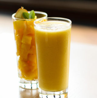 cleansing ginger pineapple smoothie