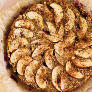 Baked Oatmeal with Apple and Blueberry